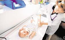 Los bebés menores de un año que viajen por Europa deberán vacunarse de sarampión