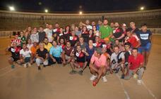 El torneo de petanca de Trujillo reúne a cerca de cincuenta parejas