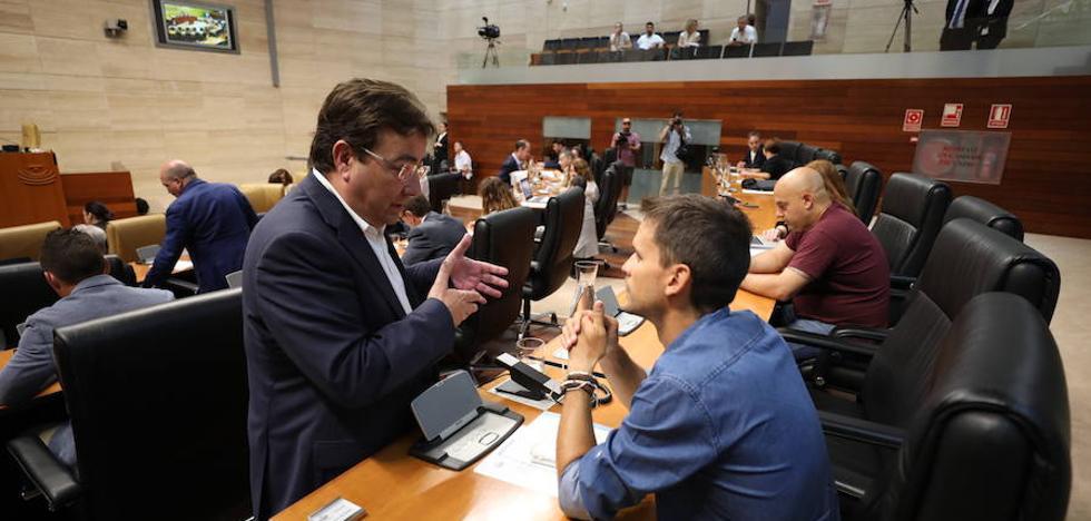 La ley de grandes instalaciones de ocio sale adelante gracias a la mayoría parlamentaria del PSOE