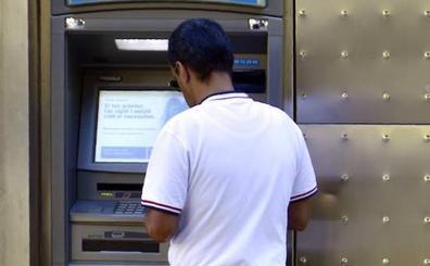 La Diputación pacense invertirá 4,8 millones para que 29 pueblos sin banco tengan cajero