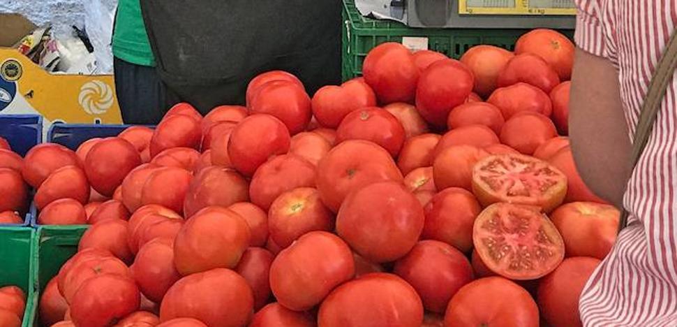 Calcetines con tomate