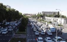 Fomento pide al taxi que levante los paros tras una propuesta «ambiciosa»
