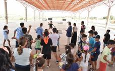 Medio centenar de niños disfrutan de los espacios saludables de Cruz Roja en Plasencia