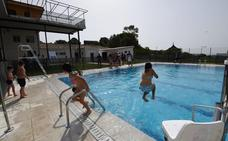 Concluye el arreglo de la piscina municipal de Valverde de la Vera, que fue arrasada por el lodo