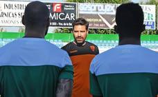 El Villanovense se presenta hoy frente a su afición ante el Marbella