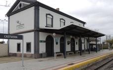 Una nueva avería del tren en Castuera obliga a los pasajeros a seguir el trayecto por carretera