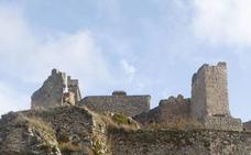 La Junta retoma el proyecto de rehabilitación del Castillo de Montánchez
