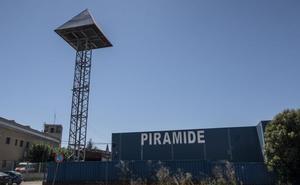La Policía Nacional detiene a un hombre por agredir a una prostituta en el Club Pirámide de Badajoz