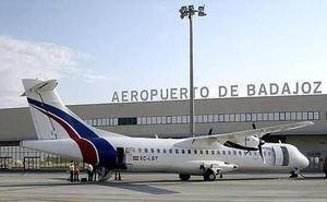 Los empresarios piden acelerar la Obligación de Servicio Público de los vuelos desde Badajoz