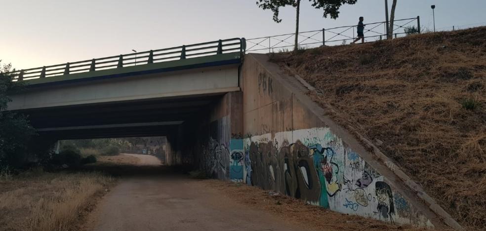 La Policía Local, alerta por una fiesta de menores en Cáceres con alcohol y convocada por las redes sociales