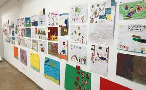 La pintora Elena Gallego imparte dos talleres artísticos para menores de 6 a 12 años