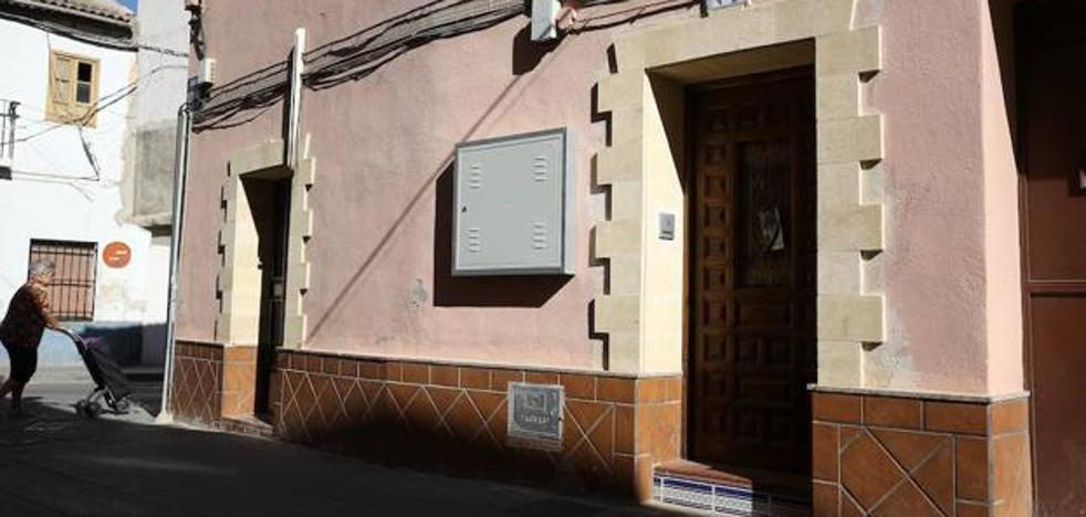 Mata a su pareja de 21 años a navajazos en Granada