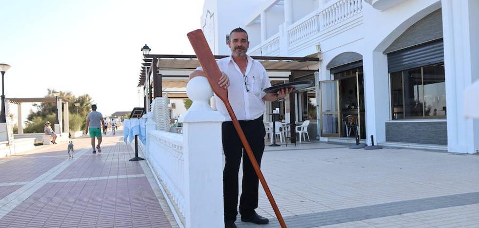 El aventurero que cambió el mar por la bandeja