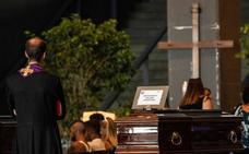 Deserción en masa de los funerales de Estado por el puente derrumbado en Génova