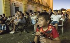 Un mes de cine y ocio al aire libre para los más jóvenes en el Gurugú