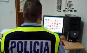 Cuatro detenidos en Málaga por distribuir pornografía infantil a través de Internet