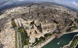 Fallece un turista alemán al caer desde el duodécimo piso de un hotel en Palma