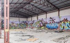 El viejo matadero de Badajoz se convierte en refugio de grafiteros