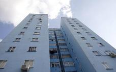 El edificio azul de Cáceres cambiará de color
