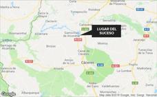 Un herido grave y otro leve al volcar un vehículo cerca de Garrovillas de Alconétar