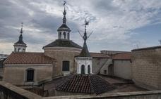 La catedral de Badajoz cambia parte de su tejado para evitar filtraciones