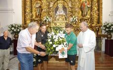 Ofrenda floral del Cacereño a la Virgen de la Montaña