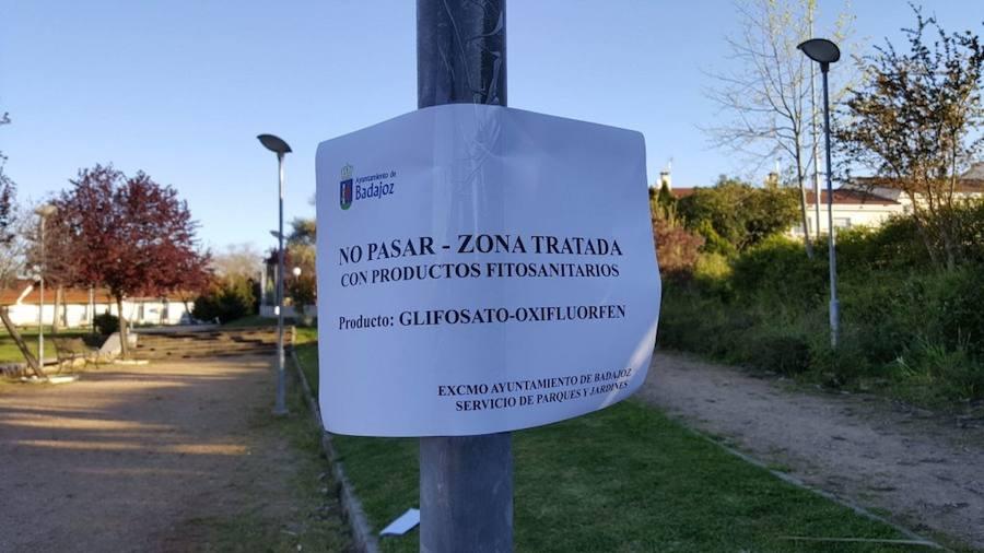 El PSOE de Badajoz critica la compra de glifosato para tratar parques y jardines