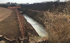 Ya están construidos 4,7 km del colector de aguas residuales de Almendralejo