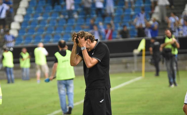 El Badajoz se estrena en casa con una derrota