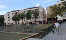 Vecinos de la Esperanza en Plasencia alertan del mal estado de su sede