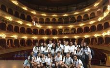 Las murgas juveniles cantan en Cádiz