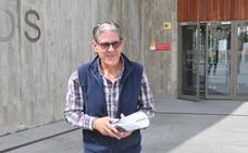 El juez archiva las diligencias contra el edil placentino Luis Díaz por denegar una caseta