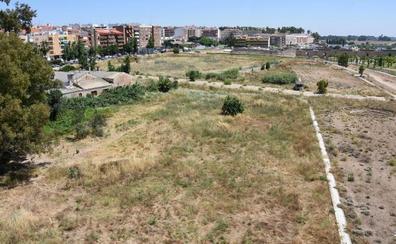 El Ayuntamiento de Badajoz adjudica la piscina de la margen derecha