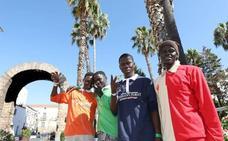 El centro de acogida temporal de Mérida recibe hoy a otros 83 migrantes