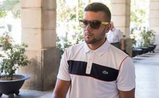 El juez procesa a Ángel Boza por el robo con violencia de unas gafas de sol