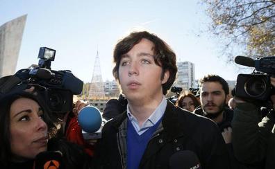 Piden seis años para el 'pequeño Nicolás' por simular ser asesor del Gobierno