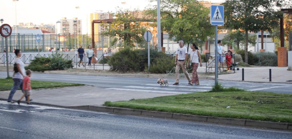 Los vecinos de Nuevo Cáceres solicitan más pasos elevados en sus avenidas