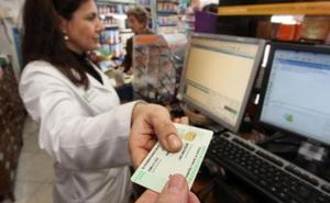 Un nuevo concierto entre el SES y las farmacias incluye la digitalización completa de las recetas