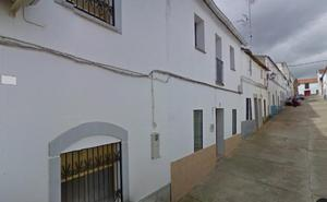Fallece un hombre de 53 años tras caer de un tejado en Puebla de Alcocer