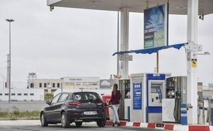 El PSOE exige que las gasolineras sin personal sean plenamente accesibles