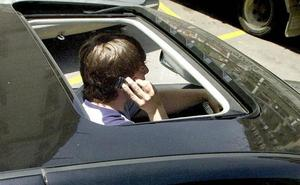 La Policía Local de Cáceres realiza controles de alcoholemia y uso del móvil entre conductores