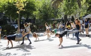 Las novatadas dicen adiós a la plaza de toros de Cáceres entre jolgorio y quejas