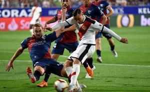 El Rayo le amarga el debut en casa al Huesca
