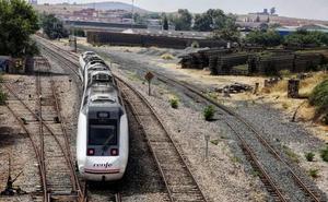 El PP lleva al Congreso las incidencias del tren extremeño y la peligrosa N-432