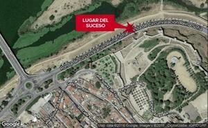 Pierde el control de su moto y choca contra una farola en Badajoz