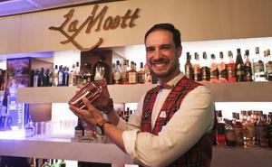 Un barman de Mérida estará en el Campeonato de España de Coctelería