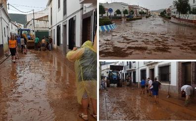 Una tormenta inunda de barro calles y casas de La Morera