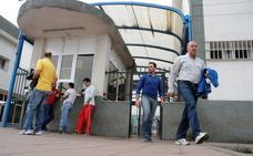 Los sindicatos exigen al Grupo Gallardo más recolocaciones de los despedidos en Galvacolor