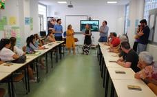Trujillo retoma la actividad con cursos de portugués, inglés y un taller de aloe vera