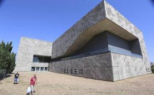 Cultura destina 95.000 euros a mejorar las cubiertas del Palacio de Congresos de Mérida